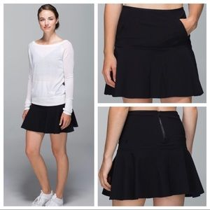 NWOT Lululemon Get it on High Rise Skirt Sz 4